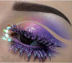 So magical! @thepryncess created this sweet fairy look using #sugarpill Poison Plum and Buttercupcake eyeshadows.
