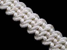 How to make a Guitar Bar Knot Bracelet