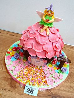 Enchanted fairy house giant cupcake  Cake by OfF ThE CuFf CaKeS!!