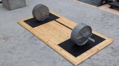 Deadlifting Platform - Functional Training Items - Home Strength Home Made Gym, Diy Home Gym, Home Gym Decor, Crossfit Garage Gym, Home Gym Garage, Homemade Workout Equipment, Weightlifting Platform, Building A Home Gym, Sport Studio