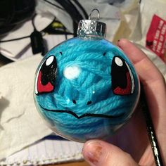 *Cute idea for Christmas ornaments.