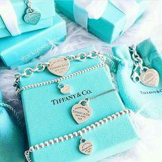 Pin by perfect luxury on tiffany & co. in 2019 tiffany necklace, tiffan Tiffany And Co Jewelry, Tiffany Bracelets, Tiffany Necklace, Cute Jewelry, Silver Jewelry, Jewelry Accessories, Women's Jewelry, Silver Ring, Jewlery