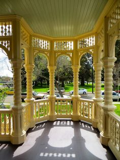 Victorian Porch With Yellow Trim   Rynerson OBrien Architecture, Inc.