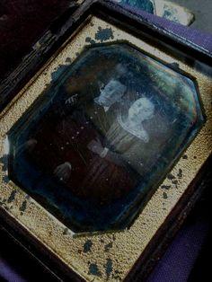 1840's 1/6 plate daguerreotype in full case
