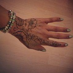#henna #hand #beginner