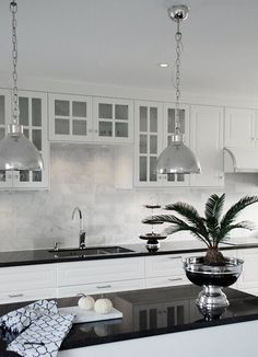 Property owners usually feel mystified by the expense of their kitchen renovation task. Kitchen Designs Photos, Modern Kitchen Design, Interior Design Layout, Kitchen Interior, Kitchen Walls, Open Kitchen, Kitchen Cabinets, Bars For Home, Home Deco