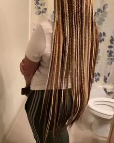 Small Box Braids Hairstyles, Braids Hairstyles Pictures, Braided Hairstyles For Black Women, African Braids Hairstyles, Wig Hairstyles, Brown Box Braids, Colored Box Braids, Blonde Box Braids, Braids For Black Hair