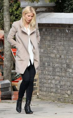 Gwyneth Paltrow wearing Burberry Prorsum Leather Ankle Boots.