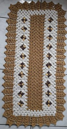 Puff Stitch Crochet Blanket Easy To Make Puff Stitch Crochet, Crochet Mat, Crochet Carpet, Crochet Home, Crochet Doilies, Easy Crochet, Free Crochet, Crochet T Shirts, Crochet Table Runner