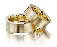 Par De Alianças Casamento Ou Noivado 6 Brilhantes Na Femina - R$ 119,79