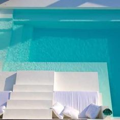 Desjoyaux pools are one of the leading, Inground swimming pool builders, manufacturer & supplier In Mumbai, India. We have our offices across the nation for all your pool needs. Decks, Moderne Pools, Big Pools, Aqua Pools, Pool Colors, Swiming Pool, Pool Remodel, Pool Builders, Beautiful Pools