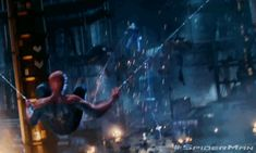 Andrew Garfield set to return for 'The Amazing Spiderman 2'