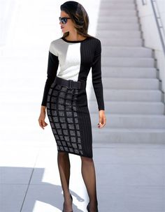 Durch seine Dessinraffinesse und schlanke Linie ein Must Have der gehobenen Garderobe.