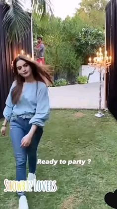 Pakistani Dresses Casual, Pakistani Bridal Dresses, Girl Pictures, Girl Photos, Good Relationship Quotes, Life Quotes, Cute Mini Backpacks, Diy Fashion, Dress Fashion