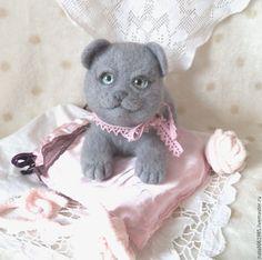 """Купить Валяная игрушка котенок британский """"Бусинка"""" - подарок, подарок подруге, друзья тедди"""