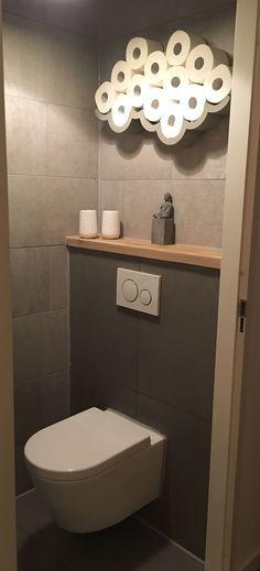 Betonlook tegels met Geberit toilet #Toilets #BathroomToilets