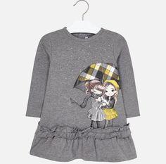Model áčkového strihu z bavlny. Graphic Sweatshirt, Sweatshirts, Clothing, Model, Sweaters, Fashion, Outfits, Moda, Sweater