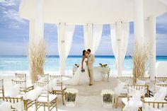Beautiful Beach Wedding Ceremony Setup