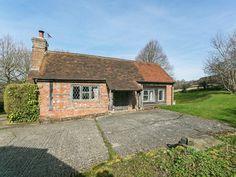 Delightful, detached holiday cottage  | Rocksfarm Cottage, Penhurst, near Battle
