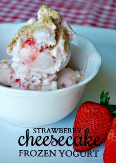 Stop everything! This strawberry cheesecake frozen yogurt will knock your socks off! #dessertideas