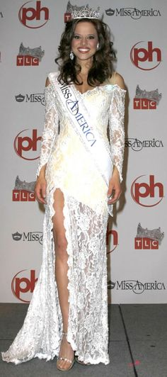 One of my favorite evening gowns-- Katie Stam-- Miss America 2009