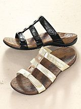Orthaheel Porto III - Women's Slides - Supportive Sandals   Gold Violin Orthopedic Sandals, Supportive Sandals, Stylish Sandals, Women Slides, Comfortable Fashion, Gladiator Sandals, The Help, Clothes For Women, My Style