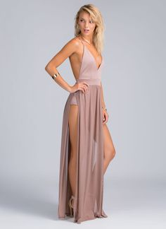 This maxi dress is the perfect way to show off your goddess-like curves and stems.