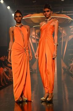2015 | with drama and mysticism, Gaurav Gupta's futuristic Lakme Fashion ...
