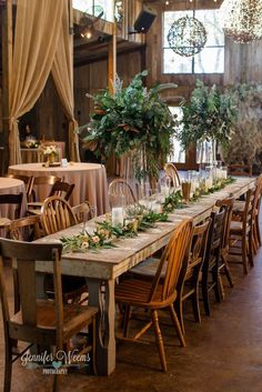 Winter wedding reception decor / http://www.himisspuff.com/winter-wedding-ideas/8/
