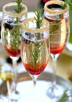 Blackberry Ombre Sparkler, such a fun and easy champagne cocktail made with blackberry simple syrup, rosemary, and champagne. Christmas Cocktails, Holiday Cocktails, Holiday Parties, Christmas Entertaining, Christmas Recipes, Holiday Fun, Holiday Recipes, Christmas Ideas, Tonic Cocktails