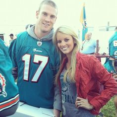 Hottest Wives and Girlfriends of NFL players Hottest Wags, Nfl Wives, Wife And Girlfriend, Girlfriends, Graphic Sweatshirt, Sweatshirts, Sports, Model, Sweaters