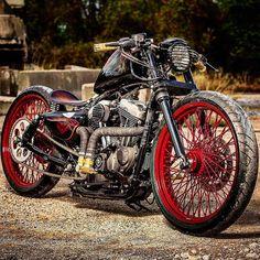 @adrianintgroen #bobber #chopper #kustomkulture #barhopper #bobbedthefuckout…