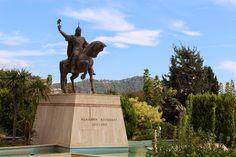 lauluni sadepäivän varalle: Seldžukkisulttaani Alaaddin Keykubatin patsas #alanya #turkki #turkey #travel