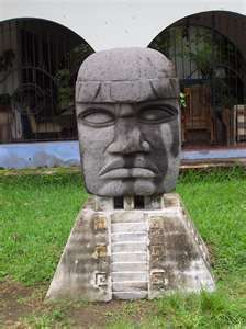 The colossal heads are commanding portraits of individual OLMEC rulers, and the large symbol displayed on the 'helmet' of each colossal head appears to be an identification motif for that person. Mayan Ruins, Ancient Ruins, Ancient History, Historical Artifacts, Ancient Artifacts, Styrofoam Art, Mystery Of History, History Mysteries, Archaeological Discoveries