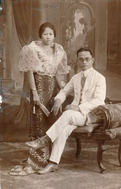 Filipino couple - original for sale here. Philippines Dress, Philippines Fashion, Philippines Culture, Philippines People, Filipino Art, Filipino Culture, Filipiniana Wedding Theme, Filipino Fashion, Filipina Beauty