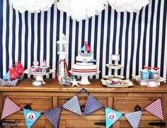 Red, white and blue Nautical party ideas for July 4th, with DIY decor, rpintables, food and favors - BirdsParty.com