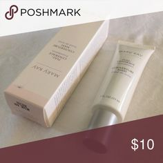 Mary Kay Full Coverage Foundation Beige 402 Color: beige 402. New unused in package (packaging shows some wear and tear from being stored and moved). Can no longer find your favorite MK foundation shade? Maybe this is it! Mary Kay Makeup Foundation