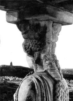 The view seen by a Caryatid of the Erechtheion porch on the Acropolis, Athens century BC - this photo taken of the original caryatids before they were replaced by replicas in Photo by Werner Bischof, Ancient Art, Ancient History, Architectural Sculpture, Athena Goddess, Greek History, Greek Culture, Athens Greece, Athens Acropolis, Parthenon