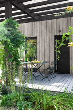Outside Room, Outside Living, Outdoor Living Rooms, Outdoor Spaces, Outdoor Decor, Garden Yard Ideas, Terrace Garden, Cottage In The Woods, House In The Woods