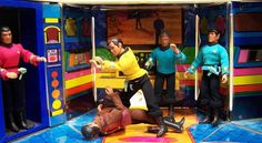 """Mego Star Trek Bridge Playset with Kirk, Spock, McCoy, Scotty and Klingon figures-Not sure if this is the same exact one, but my brother had one of these. I always love to make the figures get """"beamed up"""". Star Trek Figures, Star Trek Toys, Action Figures, Star Wars, Retro Toys, Vintage Toys, 1970s Toys, Star Trek Bridge, Classic Toys"""