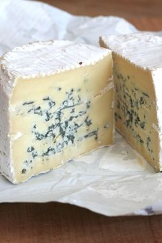 Wicklow Blue Cheese from the Wicklow Farmhouse Cheese Co located between the Croghan Mountains and the Irish Sea