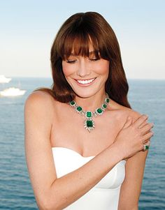 As the new face of Bulgari, Carla Bruni revives a glamour-filled past.