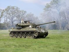 "U.S.Army M-18 ""HELLCAT"" Tank destroyer ,THE FASTEST TRACKED VEHICLE of W.W.II !!"