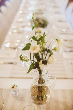 Fresh flowers Fresh Flowers, Table Decorations, Wedding, Furniture, Beautiful, Home Decor, Valentines Day Weddings, Decoration Home, Room Decor