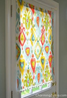 This insanely simple window shade is magnetic, movable, and no-sew. | Laundry room door in summer heat!
