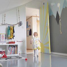 Mountain wall mural, sunshine door, branch hanger, perfect outdoors themed room
