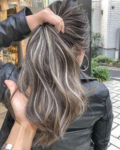 hair highlights asian – Welcome My World Gray Hair Highlights, Brown Hair Balayage, Brown Blonde Hair, Light Brown Hair, Ombre Hair, Dark Hair, Grey Hair, Hair Shades, Hair Color And Cut