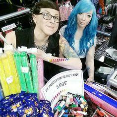 Happy new year from Cybershop Kamppi! Pixie Hairstyles, Vintage Hairstyles, Neon Painting, Turquoise Hair, Selfie Stick, Mermaid Hair, Inked Girls, Blue Hair, Happy New Year