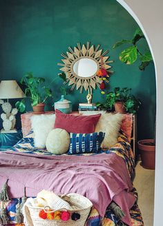 Bohemian decor inspiration for your home and the outdoors. Emerald Green Bedrooms, Bedroom Green, Home Bedroom, Bedroom Wall, Bedroom Decor, Emerald Bedroom, Cottage Bedrooms, Bedroom Modern, Bohemian Interior