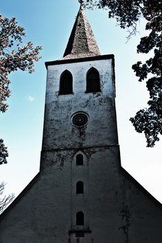Pühalepa Kirik, Hiiumaa